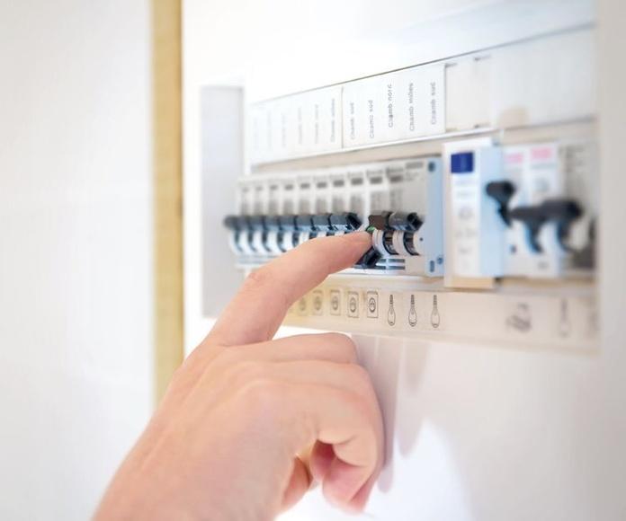 Instalaciones eléctricas: Servicios de Electricidad José Gabriel Martín