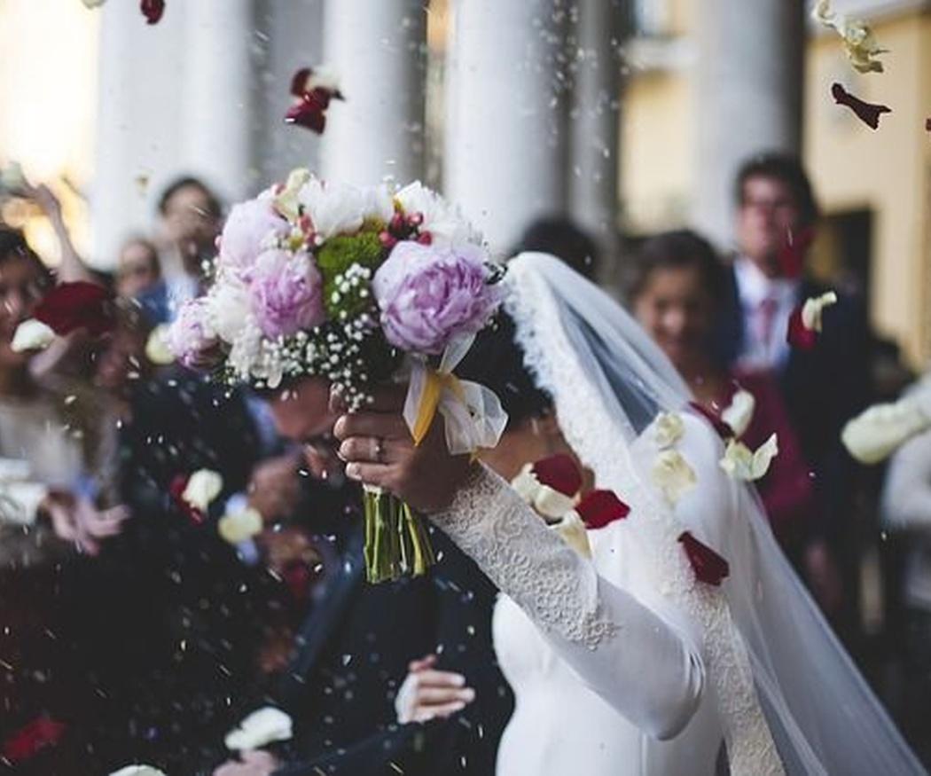 ¿Por qué y cómo limpiar tu vestido de novia tras la boda?