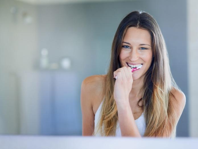 Higiene bucal e higiene intima: Servicios de Farmacia Fernández Novoa
