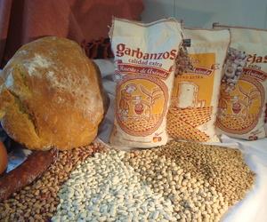 Venta de diferentes tipos de cereales y legumbres