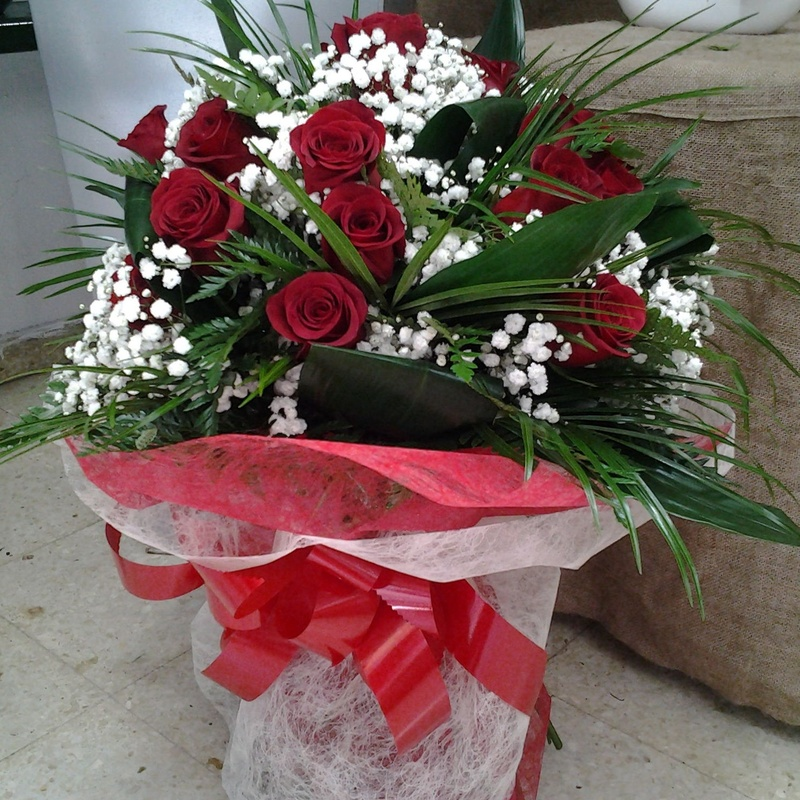 Ramo de 24 rosas: Servicios de Arte Flor