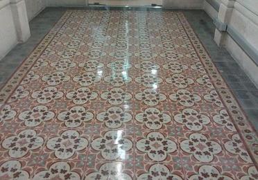 Vitrificado de mosaico y baldosa hidráulica