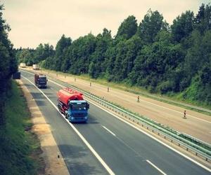 El Gobierno permite la apertura de los talleres únicamente para asistir al transporte de mercancías