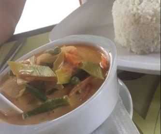 Ensaladas picantes: Amplia carta de Padthai Restaurant