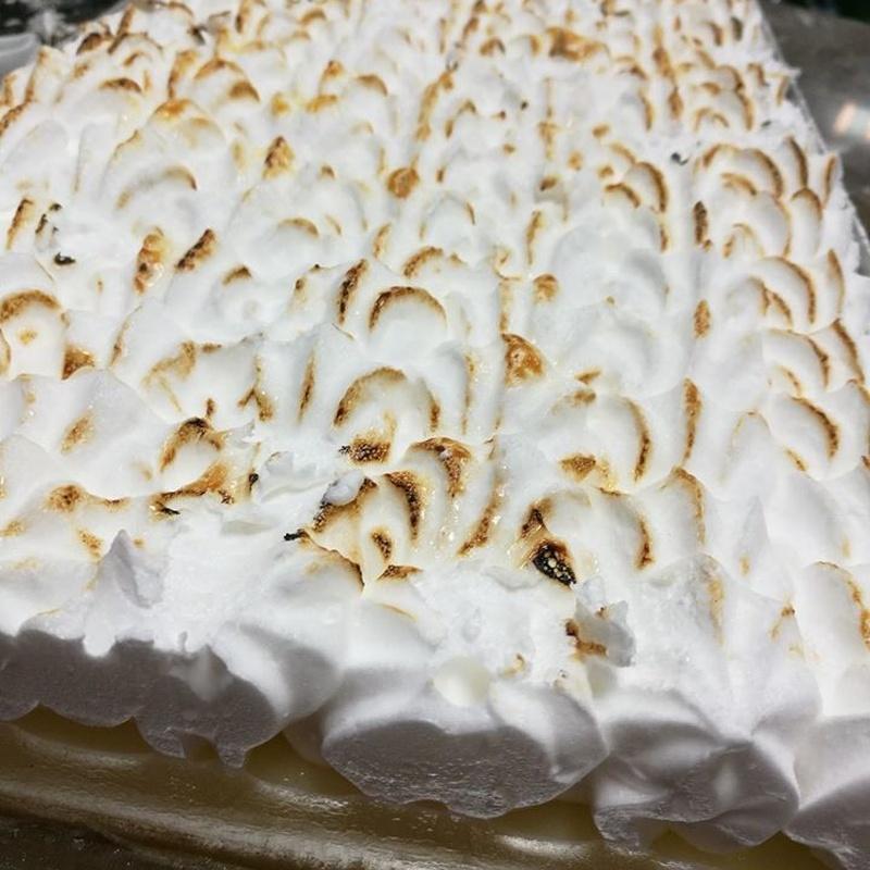 Tartas artesanales y personalizadas: Nuestros productos artesanales de Panadería Pastelería Hijo de Rosarito