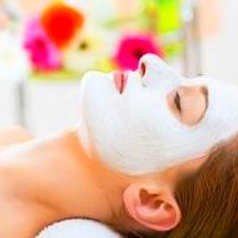 Tratamientos faciales: Servicios de Peluquería y Estética Laris