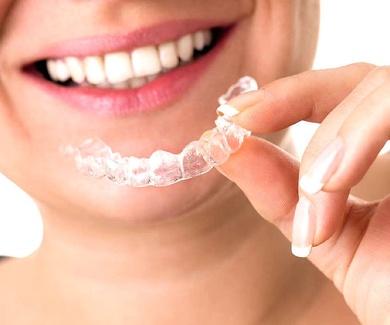 Advertencia sobre compras en Internet de productos odontológicos