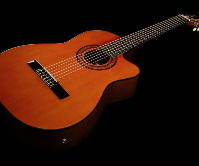 Guitarra española electroacústica barata harley Benton. Decibelios Playa Honda Lanzarote