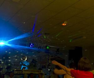 Todos los productos y servicios de Sonorización e iluminación: Sonido y Escenarios Rico