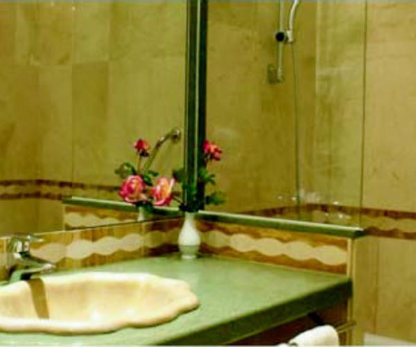 Encimeras de baño en Valencia | Valentia de Marbres