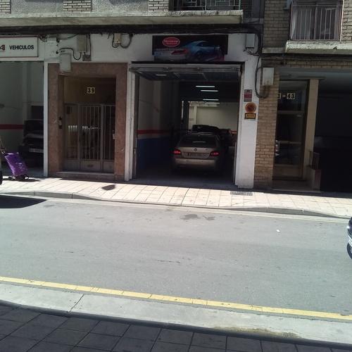 Mecánica general  en Zaragoza (2 puertas principales )