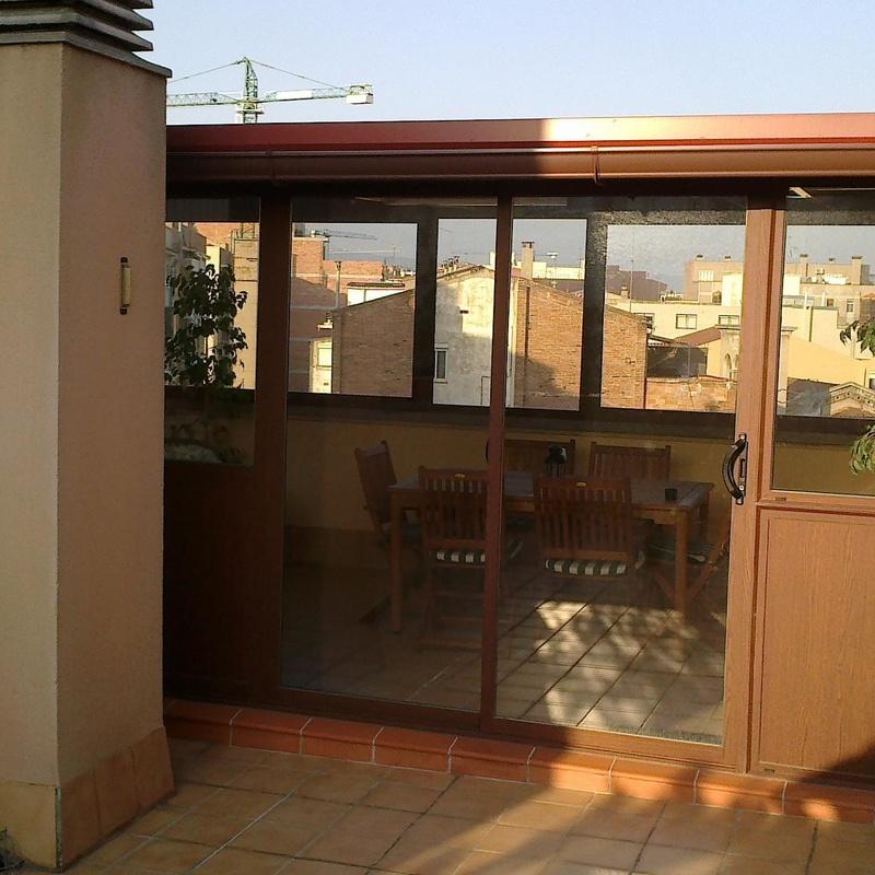 Cerramiento de terraza en aluminio y cristal