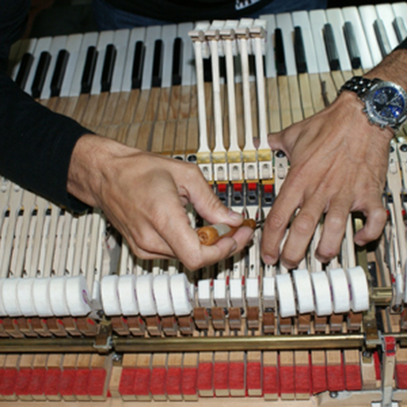 Afinación y restauración de pianos: Instrumentos musicales de Galería Musical Arévalo