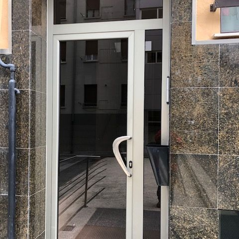 Puertas: Servicios de Aguerri Zoco