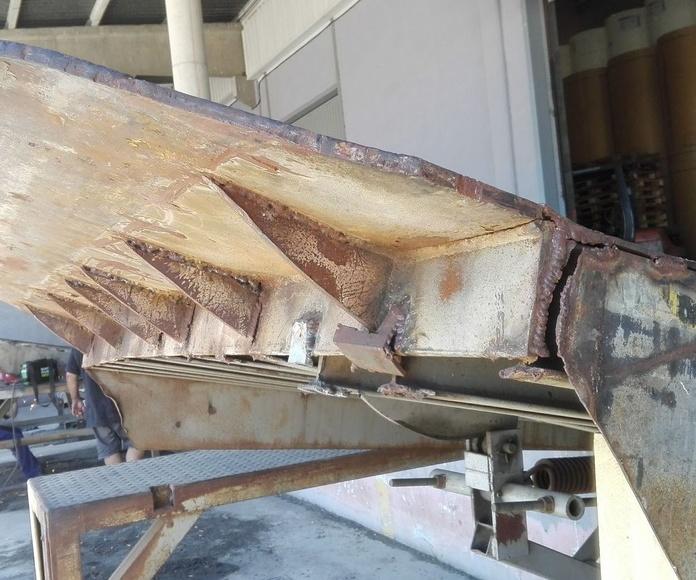 muelle de carga en silla perfiles rotos