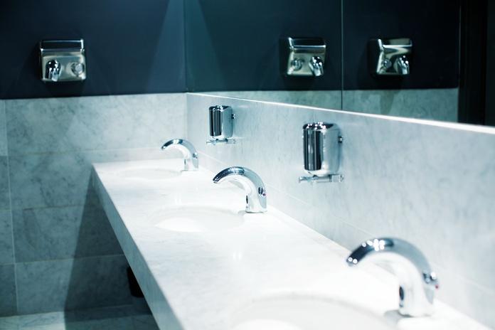 Muebles de baño, grifería y azulejos: Servicios de Translogística Piedrabuena