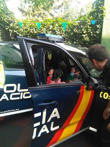 ¡¡Alto es la policía!!