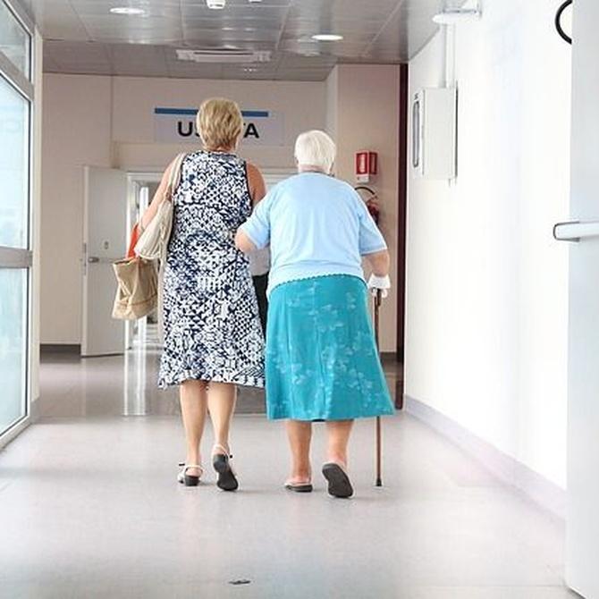 ¿Por qué son buenas las mamparas para las personas mayores?
