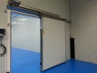 Ventilación industrial y puertas automáticas en El Vendrell