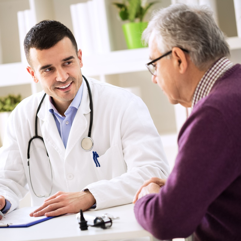 Tratamientos eficaces y personalizados: Especialidades de Dr. Torre Alonso, Reumatólogo