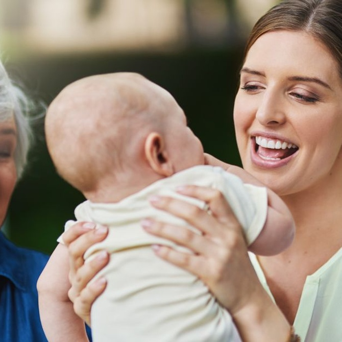 La empatía con mayores y pequeños