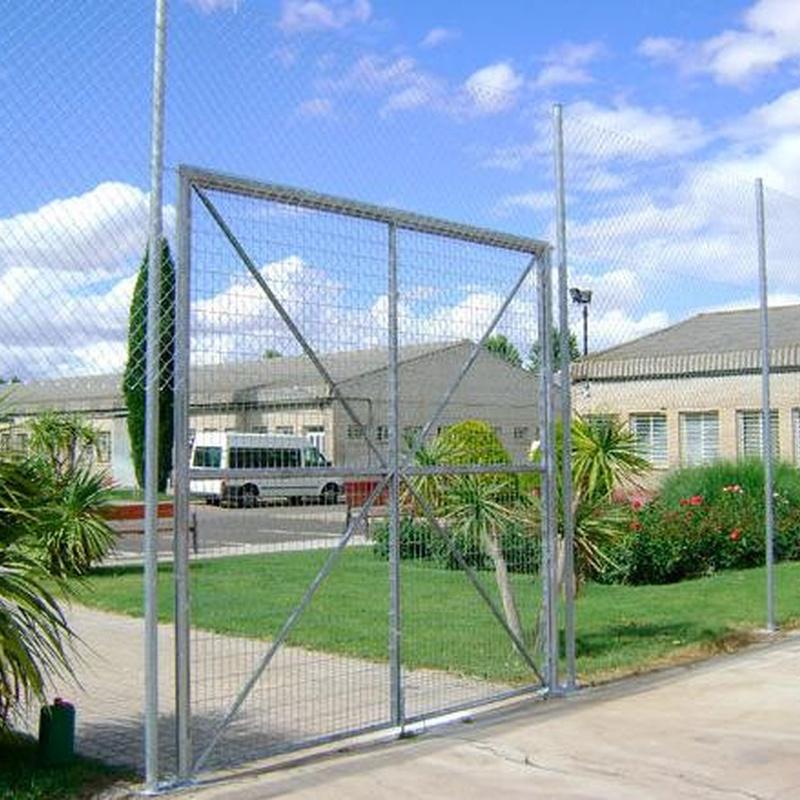 Puertas de mallazo electrosoldado: Productos y servicios de Ferretería y Mallas Portillo