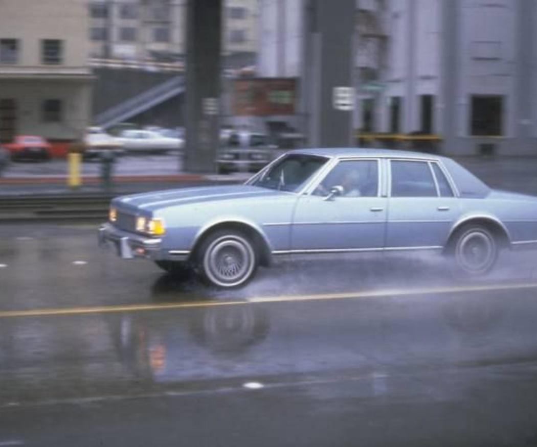 Consejos para conducir bajo la lluvia con seguridad