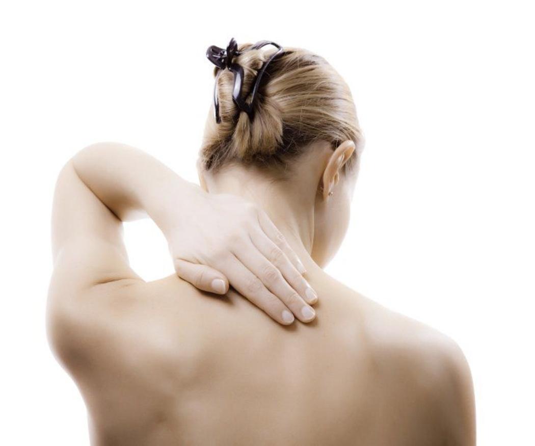 Cuida tus cervicales tras un golpe trasero