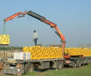 Todos los productos y servicios de Grúas para obras: Transportes con Grúas Peña