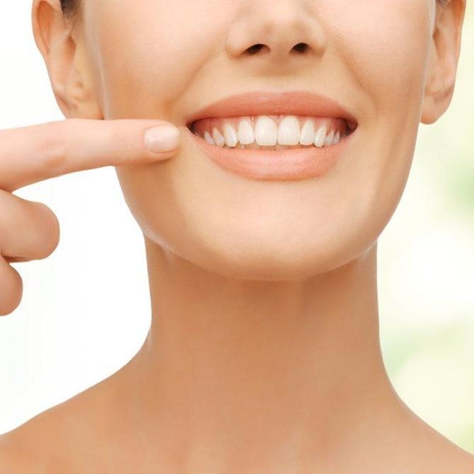 ¿Qué corrige la implantología dental?
