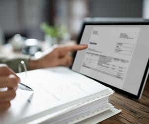 ¿Qué datos deben figurar en tus facturas emitidas?