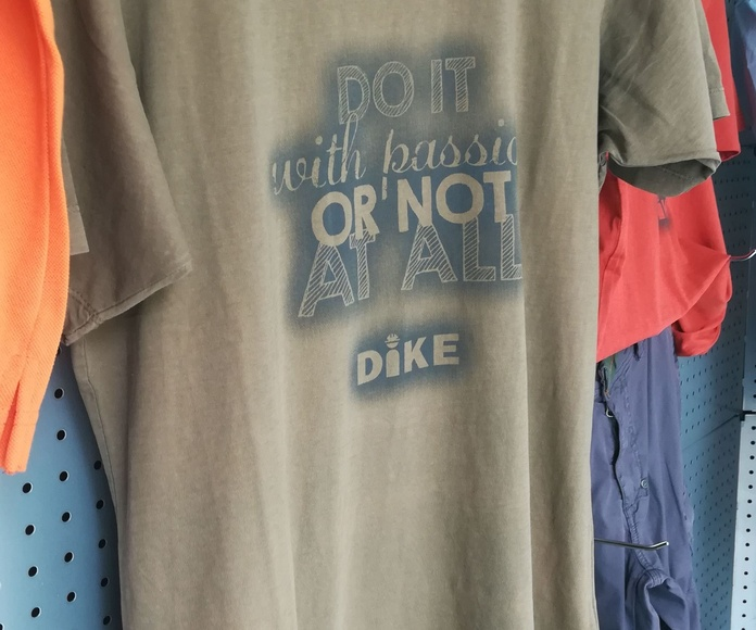 Camisetas diseño DIKE