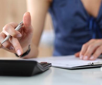 El Ejecutivo reducirá las cotizaciones a la Seguridad Social de los empleados del hogar