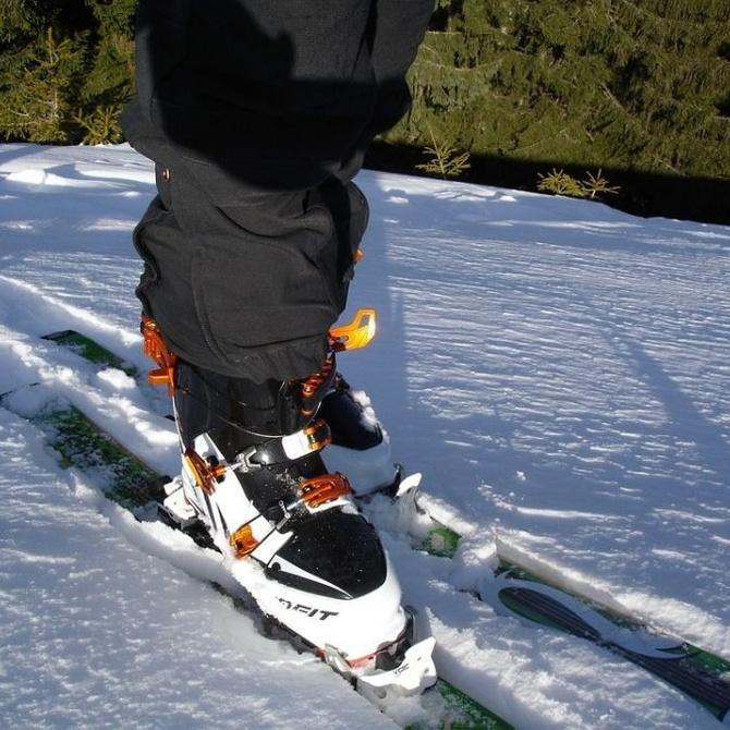 Excursión en autobús para esquiar