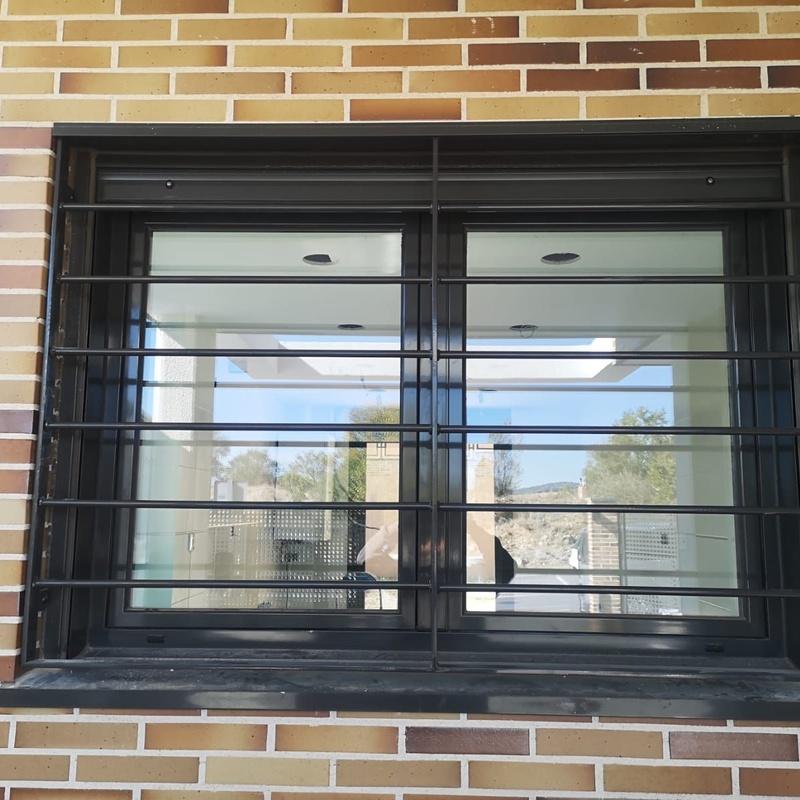 Reja para ventana:  de Cerrajería Vefergal