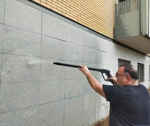 Hacemos limpieza de Grafitis