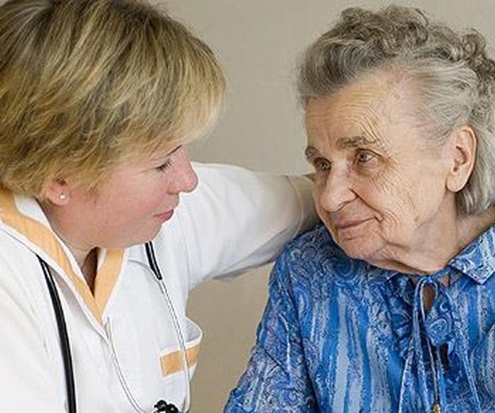 Cuidado de personas mayores : Servicios  de Oicar