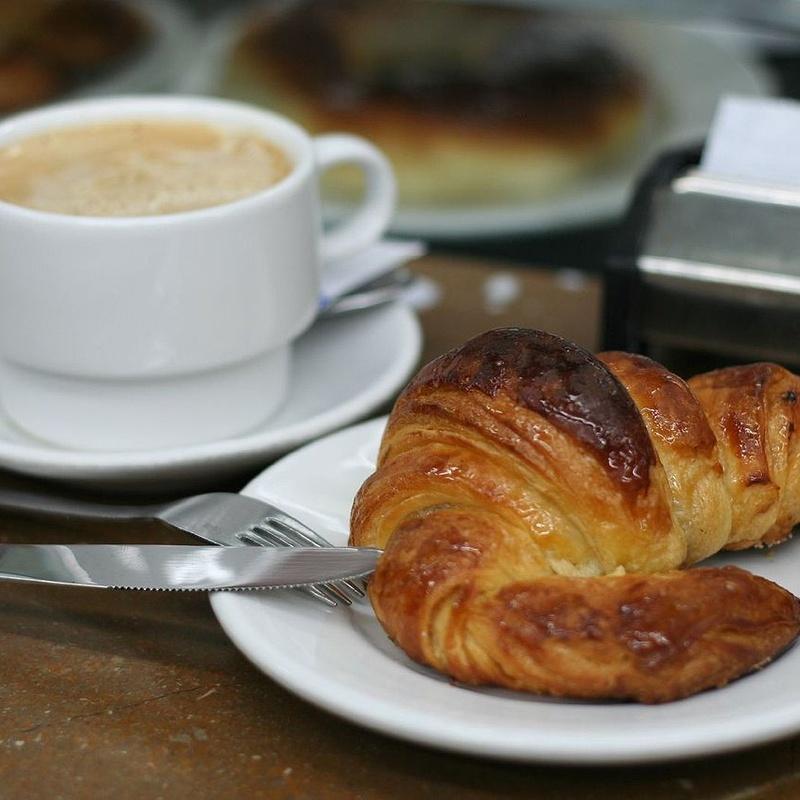 Desayunos: Ofrecemos de Cafetería La Bernarda