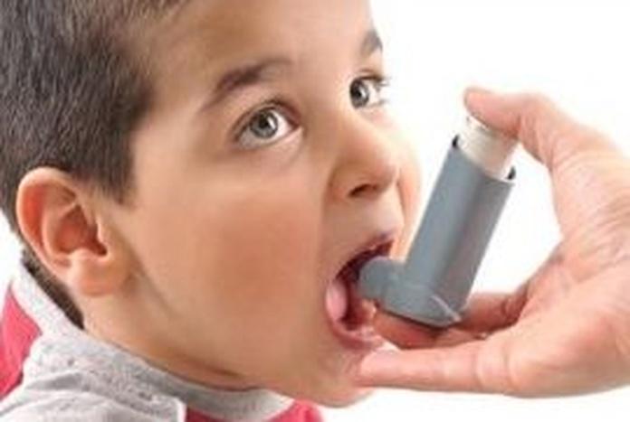 Expertos destacan la importancia de atender psicológicamente a los adolescentes y niños con asma