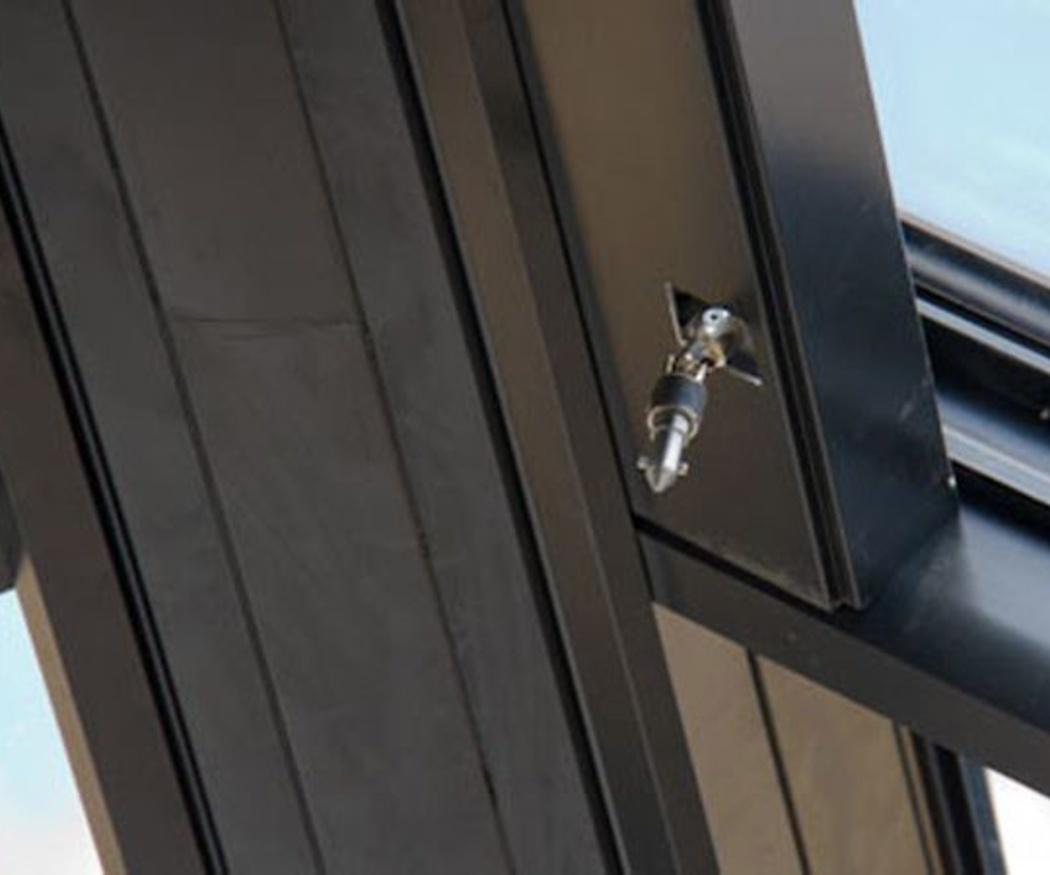 Tus puertas de aluminio como el primer día