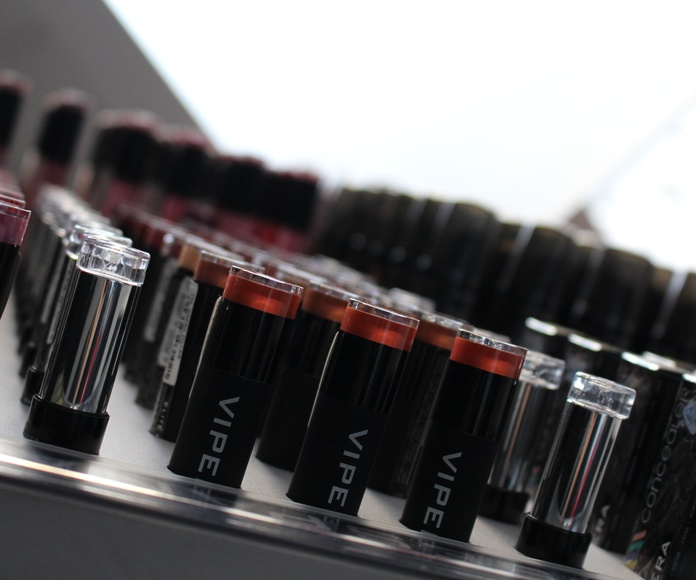 Venta de productos y cosméticos: Servicios de Salón de belleza Sándalo