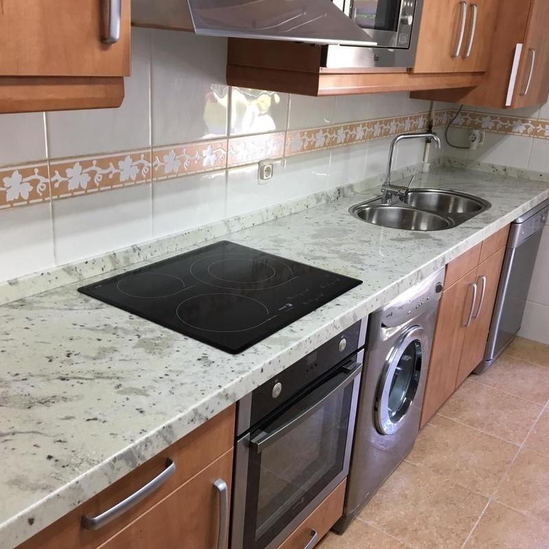 Encimeras cocina: Servicios  de Mármoles Zamora