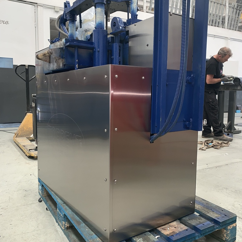 Forrado de máquinas: Nuestros servicios de Cerrajería Inox Las Salinas