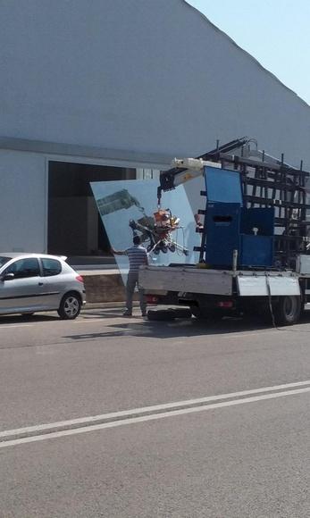 COLOCACION DE VIDRIO: Servicios de Exposición, Carpintería de aluminio- toldos-cerrajeria - reformas del hogar.