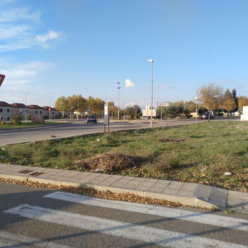 Venta de parcela 343m2 en Burguillos de Toledo: Inmuebles de Inmobiliaria La Montañesa