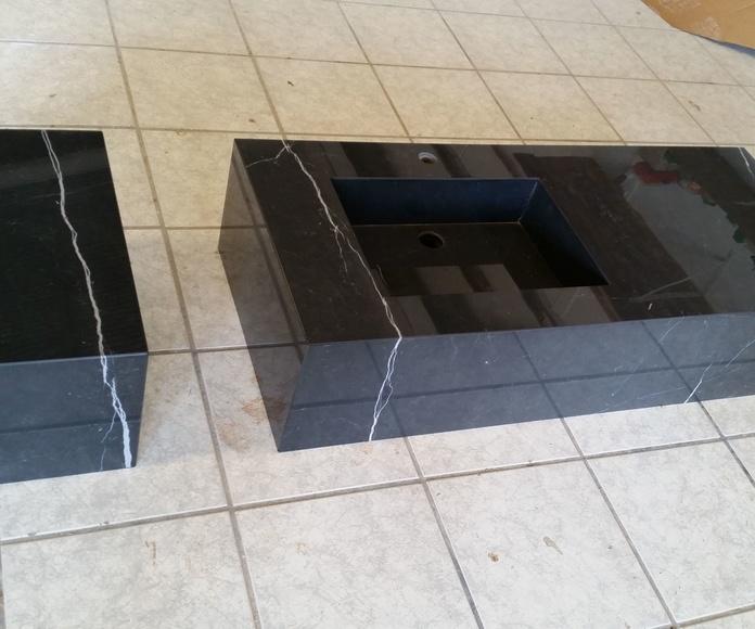 Encimera de Baño en material porcelánico con cubeta integrada del mismo material