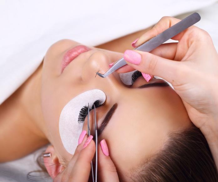 Extensión de pestañas pelo a pelo: Tratamientos de Vida con Estética