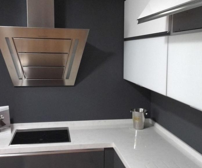 oferta de conjunto de muebles de cocina 2000 euros en Alcobemdas