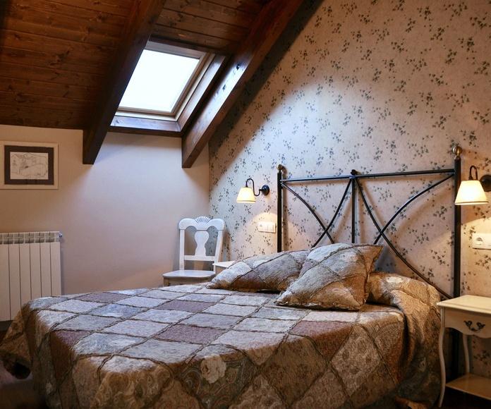 Dormitorio principal apartamento Bujaruelo.