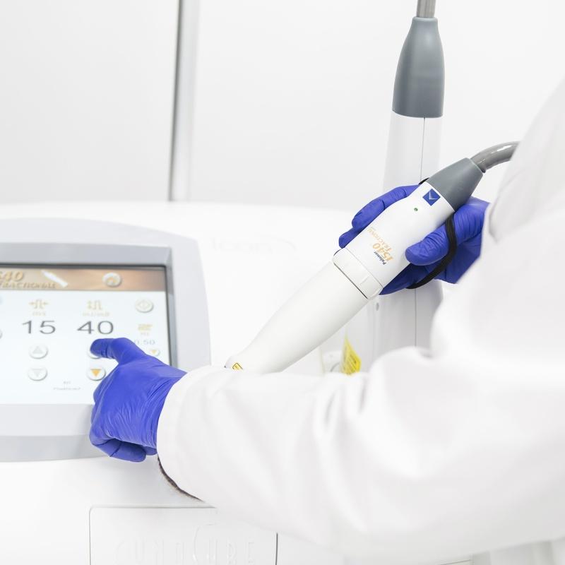 Plataforma Láser / Luz Pulsada: Dermatología y Dermoestética de Dermatología Socorro Fierro